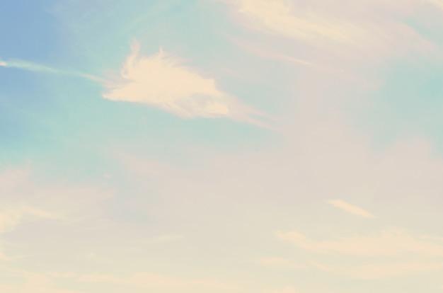 Nuvens céu azul