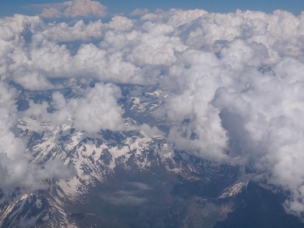 Nuvens nos alpes