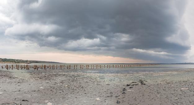 Nuvens, sobre, a, lago salgado, perto, odessa, ucrânia