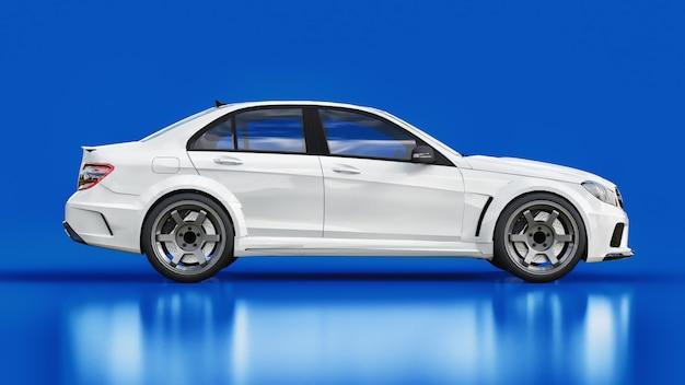 O ajuste é uma versão de um carro familiar comum.