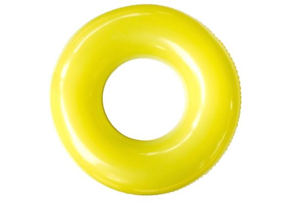 O anel de natação foi derivado do tubo interno, a parte interna, fechada e inflável dos pneus de veículos mais antigos.