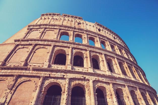 O antigo coliseu de roma