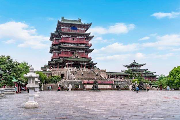 O antigo edifício junto ao rio lijiang, pavilhão nanchang tengwang.