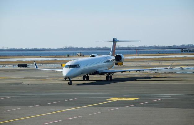 O avião está se preparando para o vôo