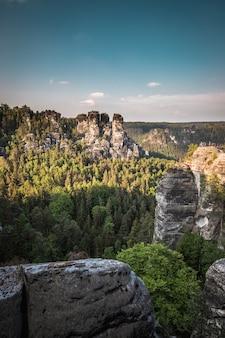 O bastei no parque nacional da suíça saxônica em dresden, alemanha