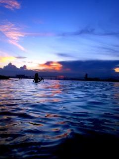 O céu eo mar, nadar