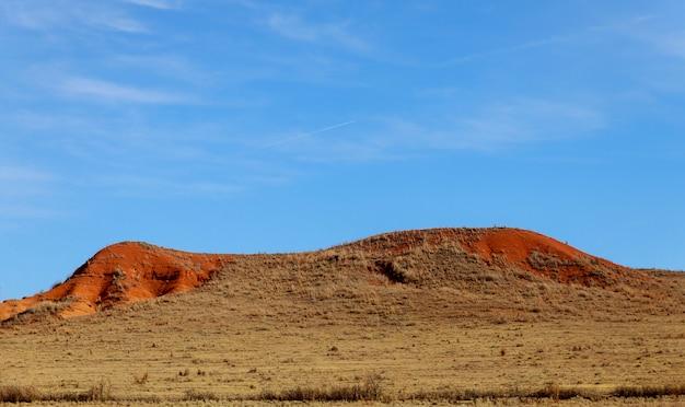O começo da montanha sobre o do deserto do novo méxico
