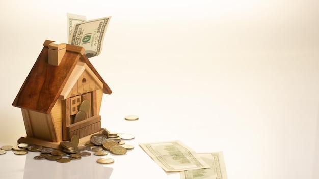 O conceito de acumulação de dinheiro para habitação compra casa.