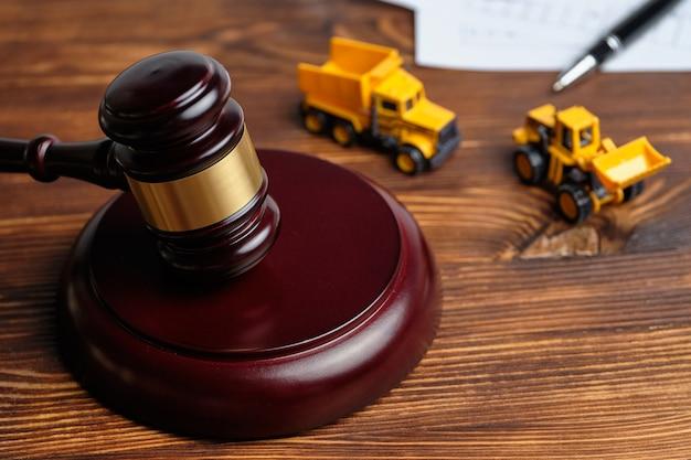 O conceito de obtenção do direito às obras em juízo