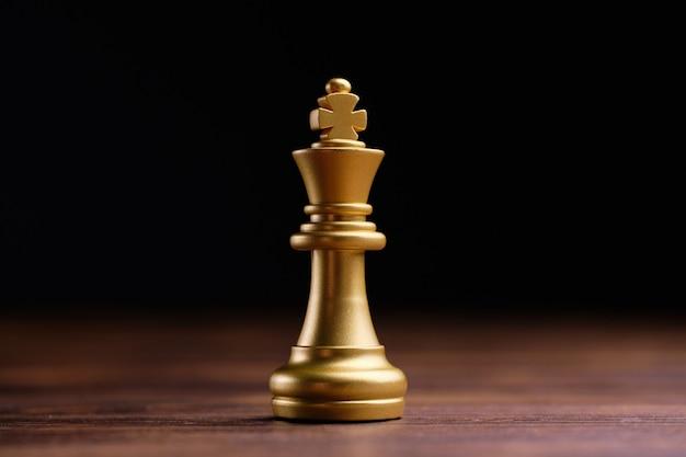 O conceito do rei do xadrez como líder