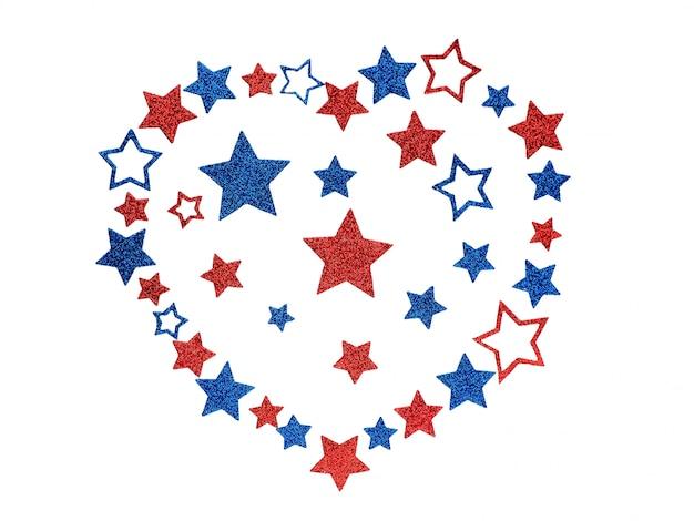O coração alinhou das estrelas de brilho nas cores da bandeira americana, conceito love eua.