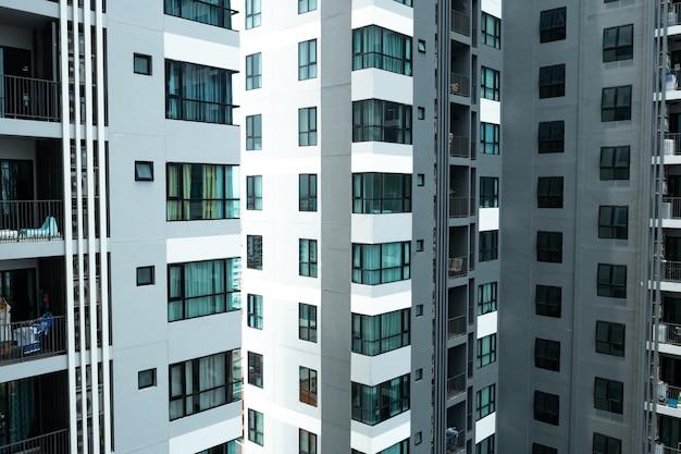 O edifício do arranha-céus, buildning moderno em shenzhen, china