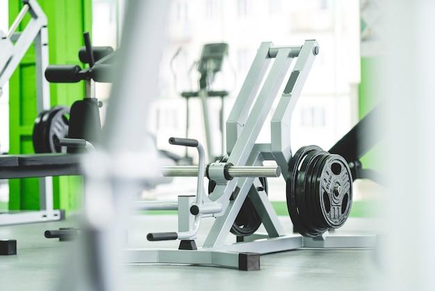 O equipamento esportivo na academia