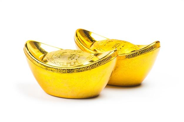 O fundo branco é decorado com o tesouro dourado da china.