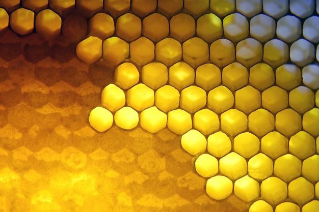O mel no favo para o close up claro. comida saudável
