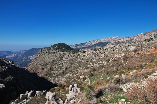 O mosteiro no vale de kadisha, líbano