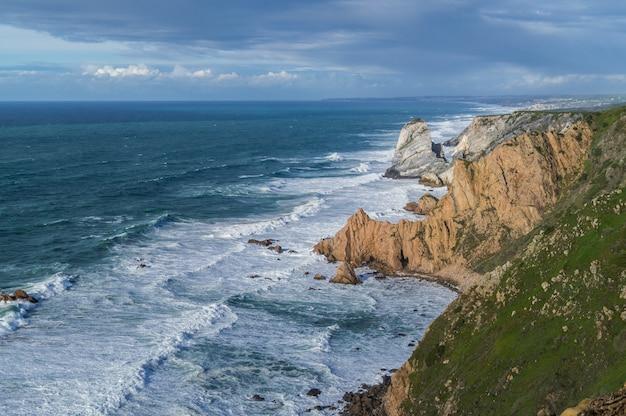 O oceano atlântico e o cabo da roca