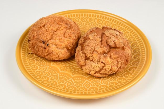 O pão de milho é um pão feito de farinha de milho e trigo.
