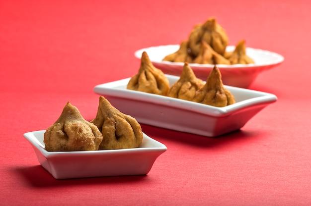 O prato doce favorito do deus hindu ganesha, modak
