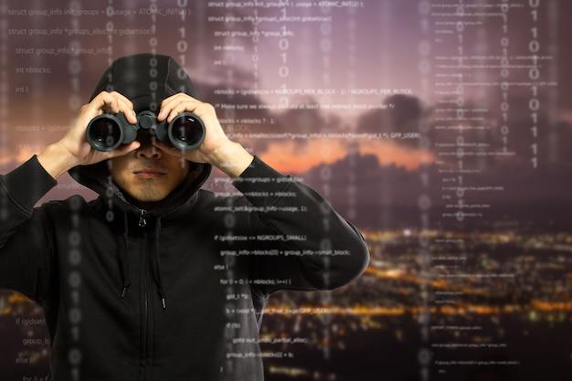 O programador de hackers procura e busca informações de hack e dados da conta do usuário.