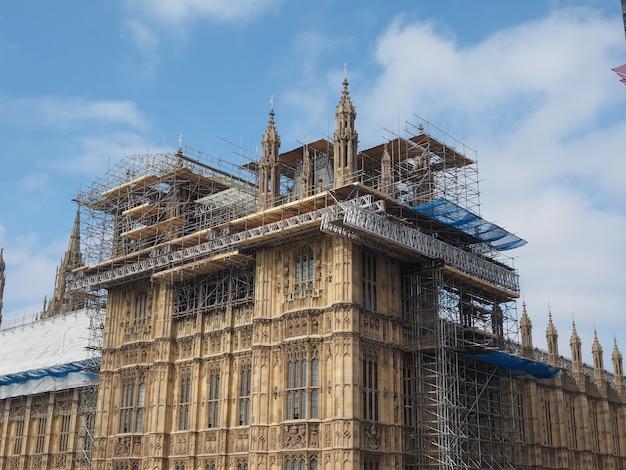 Obras de conservação das casas do parlamento em londres