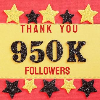 Obrigado 950k, 950000 seguidores. mensagem com números brilhantes pretos em vermelho e dourado