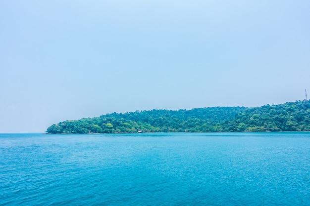 Oceano e ilha