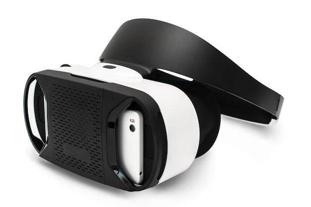 Óculos de realidade virtual, isolados no branco.