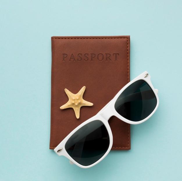 Óculos de sol com passaporte