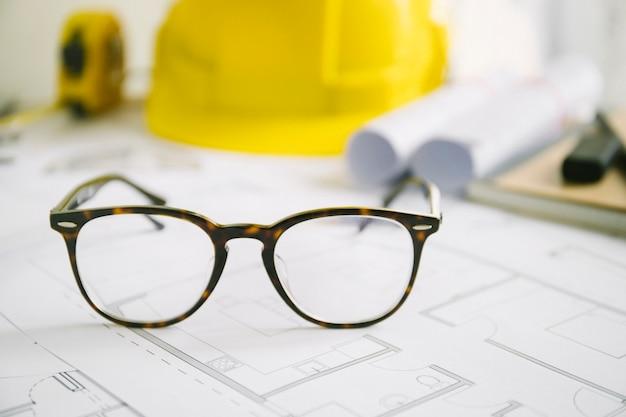 Óculos elegantes em projetos