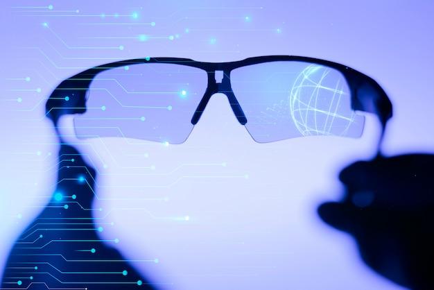 Óculos inteligentes com lentes interativas, vendo o futuro