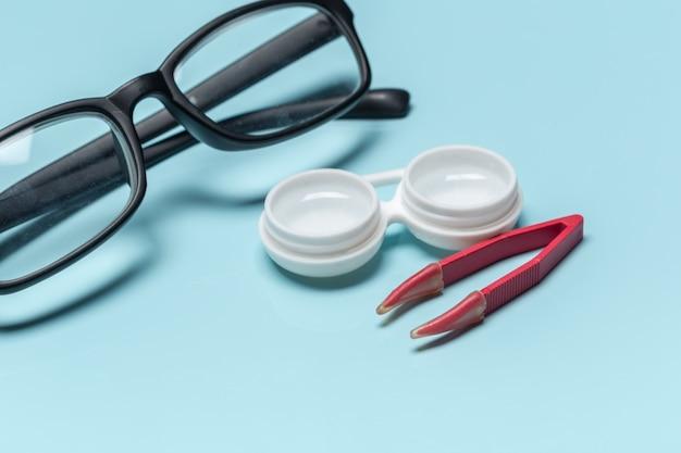 Óculos, lentes de contato, conceito de visão