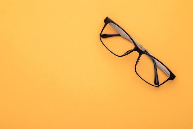 Óculos novos de vista superior