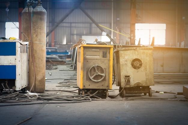 Oficina de ferro no estaleiro.