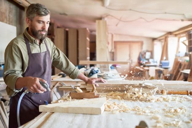 Ofício de madeira tradicional
