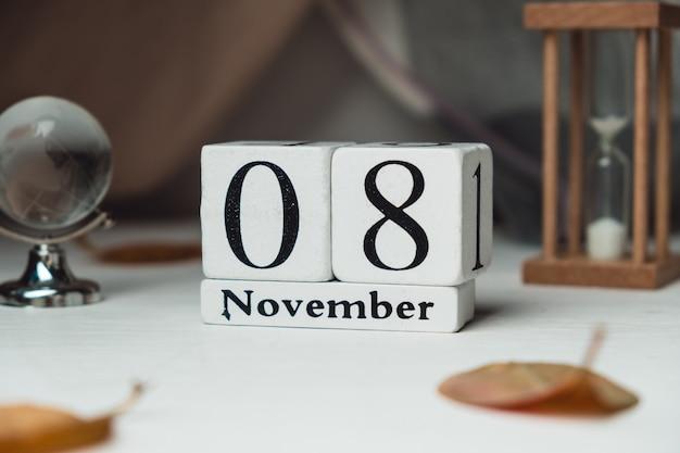Oitavo dia do calendário do mês de outono, novembro.
