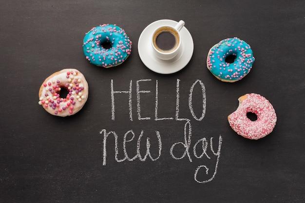 Olá novo dia com coleção de donuts