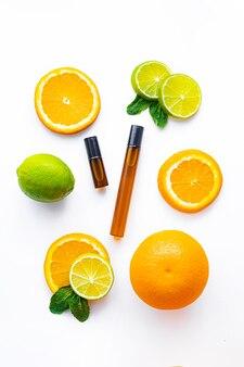 Óleo cosmético de rolo e frutas cítricas procedimentos cosméticos pele saudável cuidados com a pele
