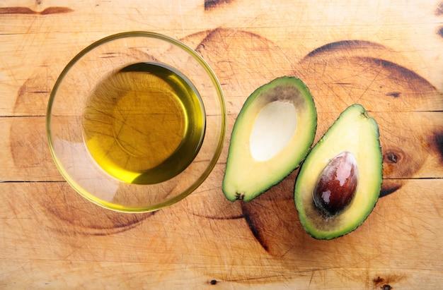 Óleo de abacate, abacate
