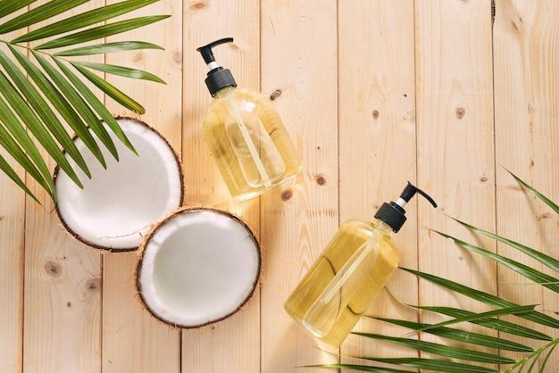 Óleo de coco de cosméticos caseiros e ácido de limão.