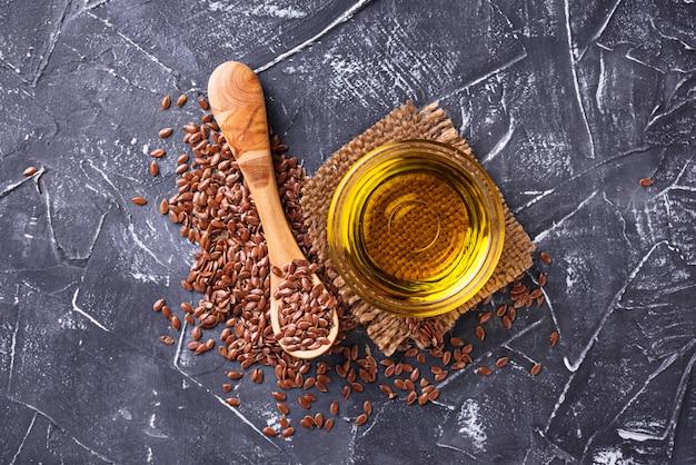 Óleo de linhaça e sementes de linho