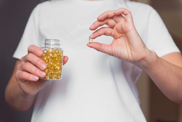 Óleo de peixe omega3 ou cápsula de colágeno