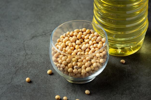 Óleo de soja produtos de alimentos e bebidas de soja conceito de nutrição alimentar.