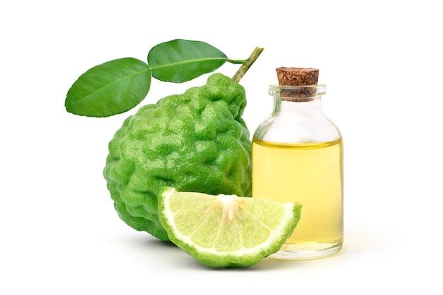 Óleo essencial de bergamota com fruta bergamota
