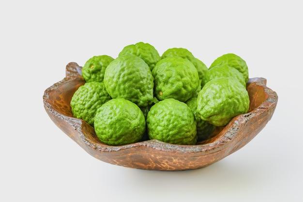 Óleo essencial orgânico de ervas da fruta bergamota, conceitos cosméticos orgânicos.