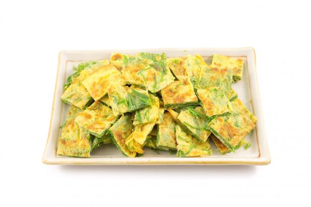 Omelete cha-om