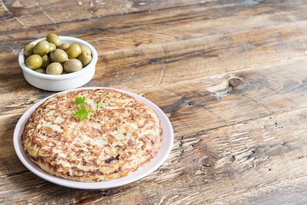 Omelete de batatas no pão