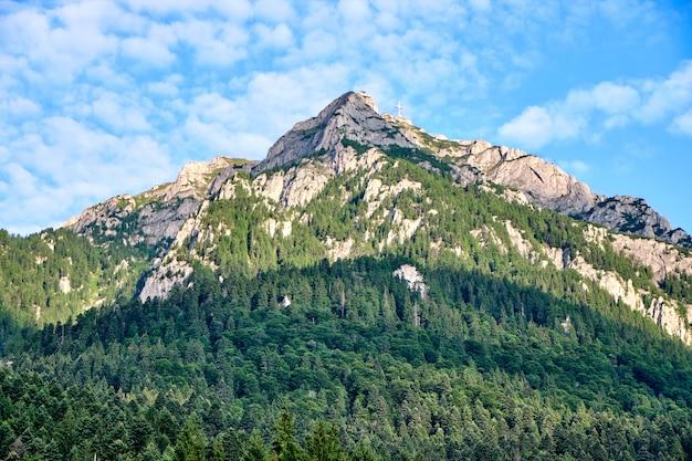 Omu peak montanhas na roménia