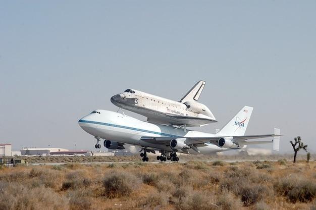 Ônibus espacial da nasa transporte piggyback