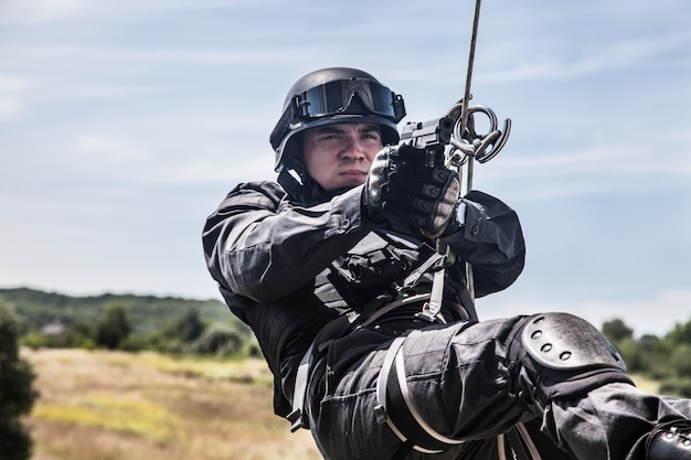 Operação de assalto policial